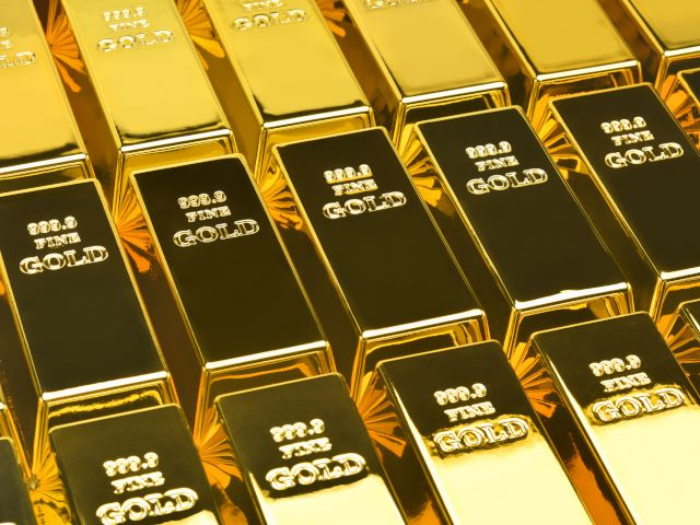 Rows of 24 Carat gold bars