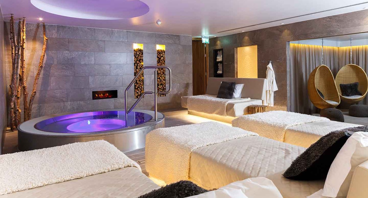 Champneys Tring Hot tub and spa beds