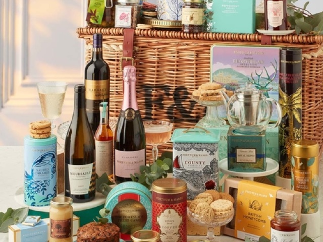 Fortnum and Mason Monarch Hamper