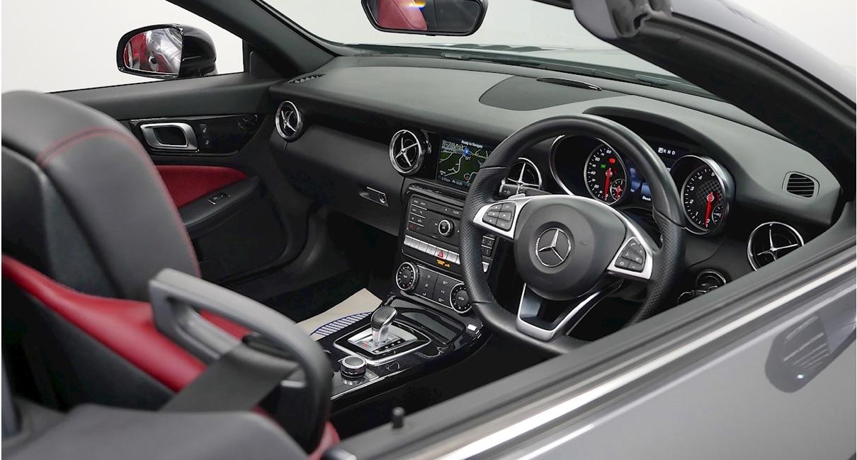 Mercedes SLC 300 AMG