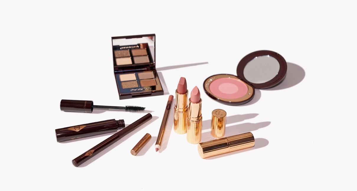 Charlotte Tilbury Pillow Talk makeup palette and lipstick